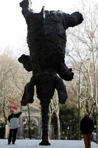 gran elefante erguido